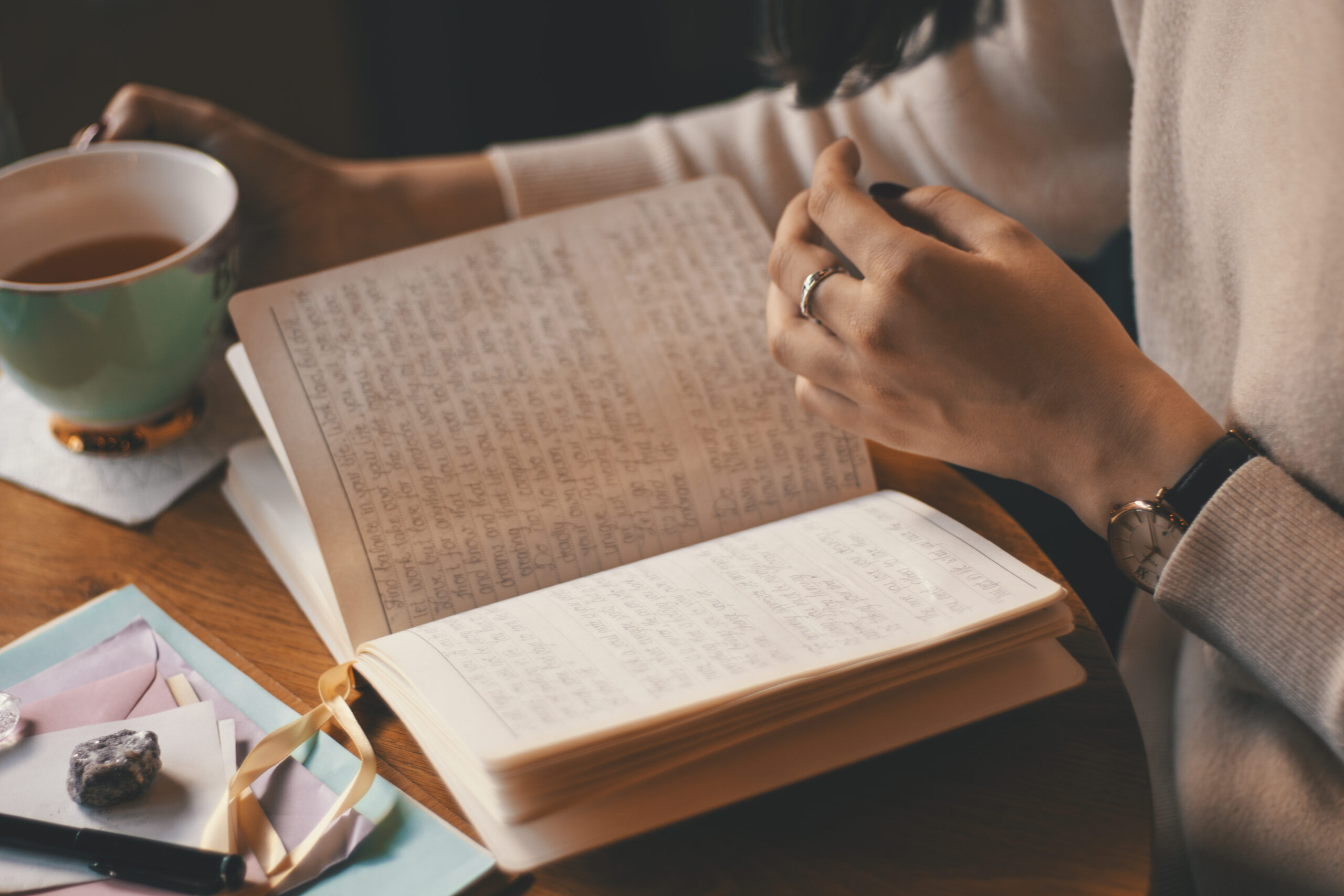 Andreea-Prodan-Benefits-of-journaling-scaled PERSONAL GROWTH