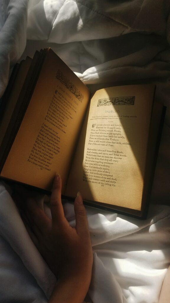 Andreea-Prodan-books-576x1024 WINTER BOOK SELECTION LIFESTYLE