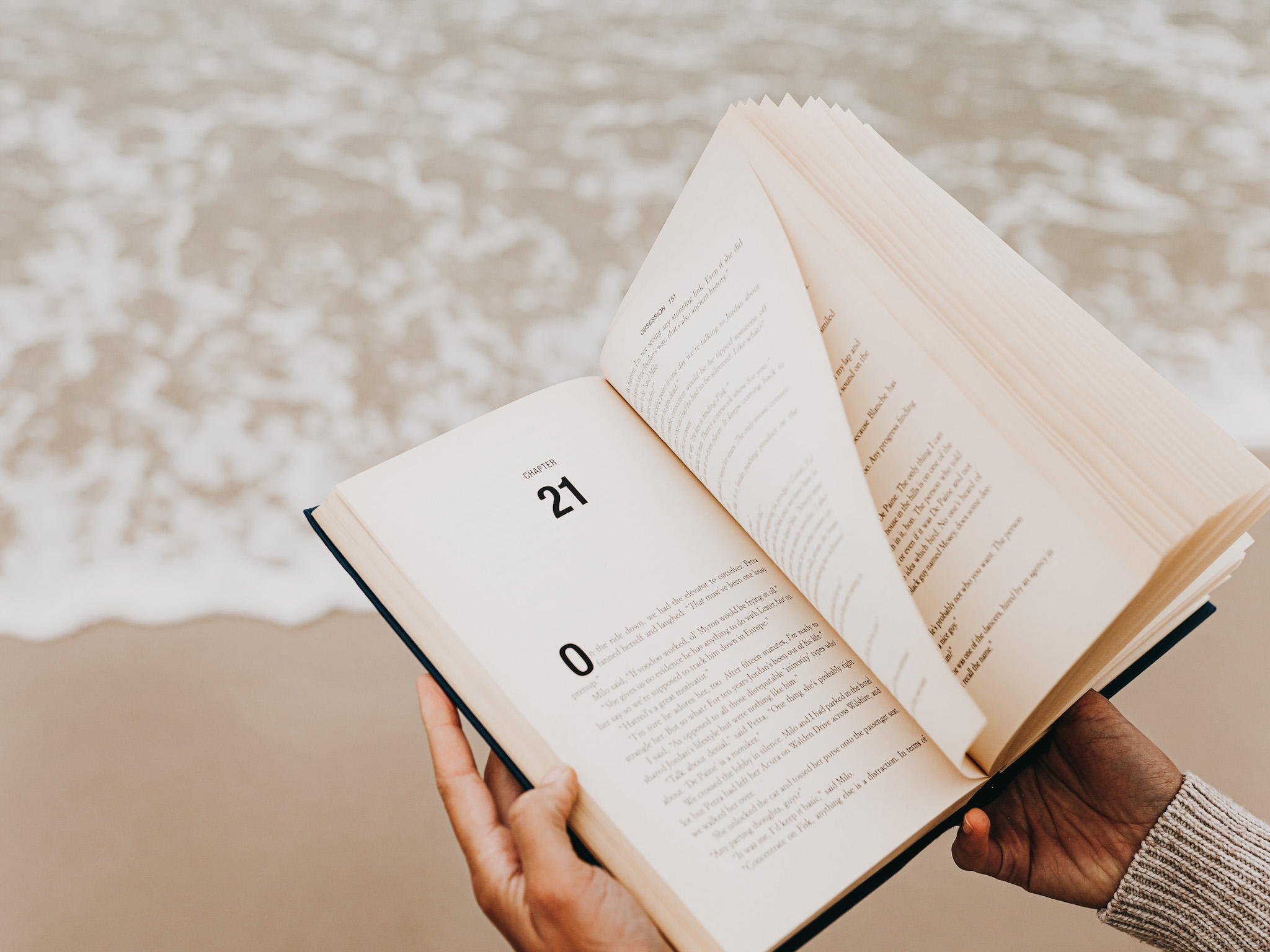 Andreea-Prodan-Summer-book-list LIFESTYLE